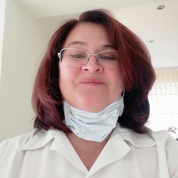Dr. Tóth Ildikó fogorvos